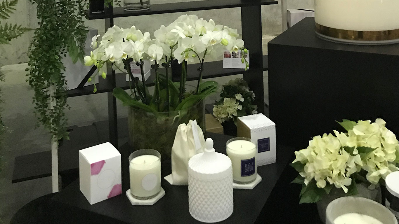 Cluster-of-Bombonieres branded custom candles