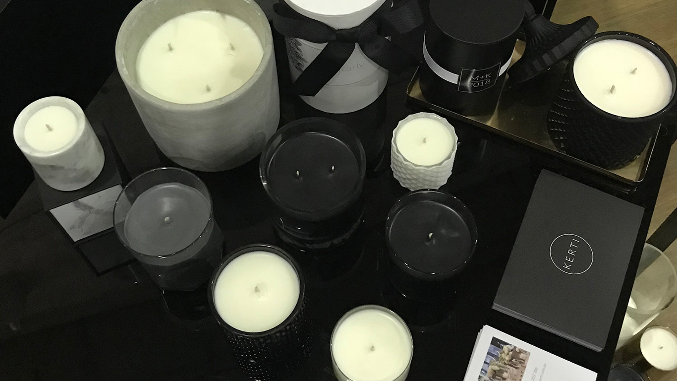 Custom Candles Black Wax in clear glass